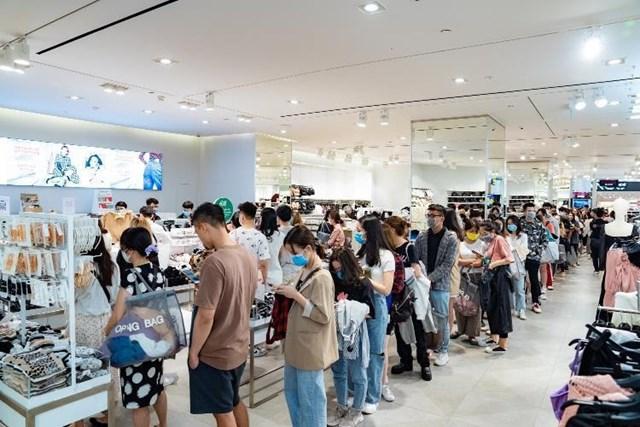 Vincom Retail nhận giải top 10 thương hiệu dẫn đầu Việt Nam 2020 - Ảnh 2