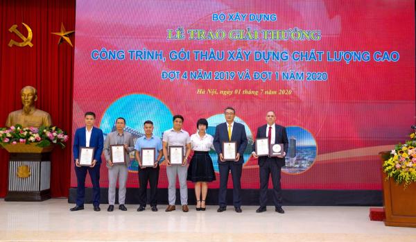 Movenpick Resort Cam Ranh và Radisson Blu Resort Cam Ranh nhận giải thưởng Công trình chất lượng cao - Ảnh 2
