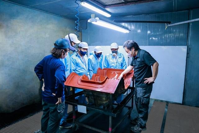 THACO xuất khẩu khung ghế Composite cho hãng RECARO (Nhật Bản) - Ảnh 3