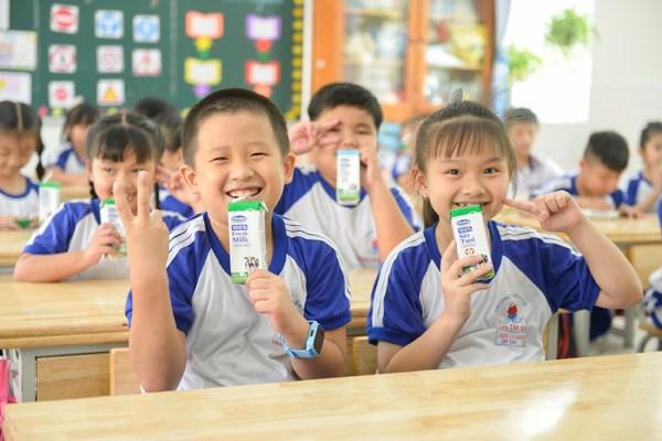 Sữa học đường TPHCM chương trình nhân văn đem lại nhiều niềm vui cho con trẻ - Ảnh 2