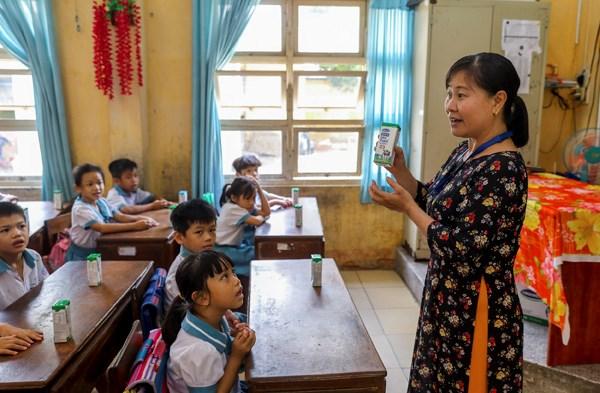 Sữa học đường TPHCM chương trình nhân văn đem lại nhiều niềm vui cho con trẻ - Ảnh 3