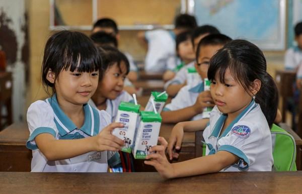 Sữa học đường TPHCM chương trình nhân văn đem lại nhiều niềm vui cho con trẻ - Ảnh 6
