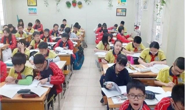 Tăng cường chỉ đạo nhằm đảm bảo an toàn tối đa cho học sinh tới trường - Ảnh 1