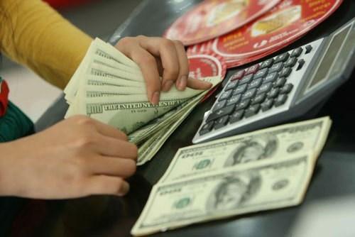 Tỷ giá ngoại tệ ngày 23/7: USD tiếp tục giảm mạnh - Ảnh 1