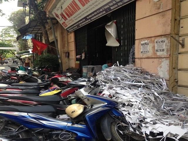 Thanh Xuân - Hà Nội: Dân bức xúc vì hai cơ sở in và phế liệu gây ô nhiễm - Ảnh 2