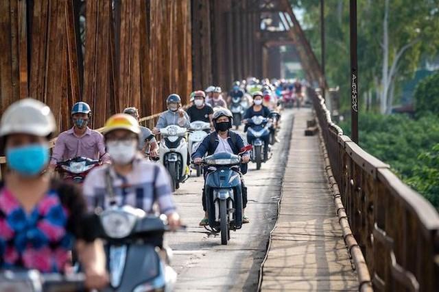 Bloomberg: Xe máy điện VinFast hướng tới tương lai của giao thông xanh tại Việt Nam - Ảnh 2