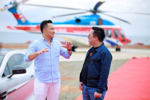 Chi Bảo đáp máy bay tới NovaWorld Phan Thiet  - Ảnh 2
